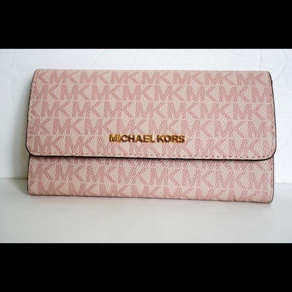 c0a3b174e41f Michael Kors Jet Set L Trifold Wallet MK Fawn Pink